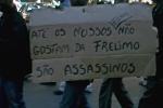 Madgermane com cartaz