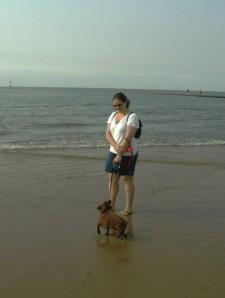 Otto com Sandra na praia