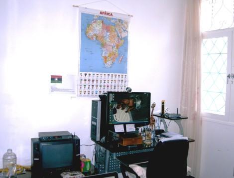 mesa do Mosanblog no escritório
